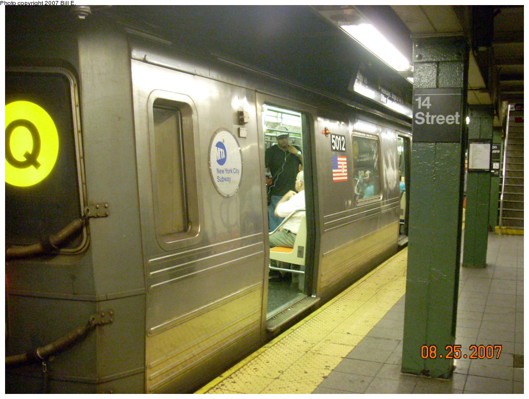 (209k, 1044x788)<br><b>Country:</b> United States<br><b>City:</b> New York<br><b>System:</b> New York City Transit<br><b>Line:</b> BMT Broadway Line<br><b>Location:</b> 14th Street/Union Square <br><b>Route:</b> Q<br><b>Car:</b> R-68A (Kawasaki, 1988-1989)  5012 <br><b>Photo by:</b> Bill E.<br><b>Date:</b> 8/25/2007<br><b>Viewed (this week/total):</b> 1 / 2377
