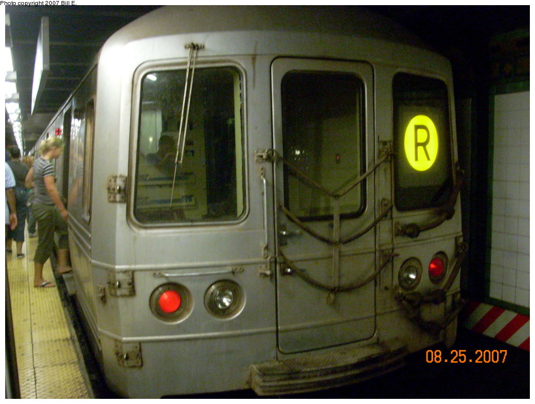 (194k, 1044x788)<br><b>Country:</b> United States<br><b>City:</b> New York<br><b>System:</b> New York City Transit<br><b>Line:</b> BMT Broadway Line<br><b>Location:</b> 14th Street/Union Square <br><b>Route:</b> R<br><b>Car:</b> R-46 (Pullman-Standard, 1974-75) 5790 <br><b>Photo by:</b> Bill E.<br><b>Date:</b> 8/25/2007<br><b>Viewed (this week/total):</b> 4 / 2230