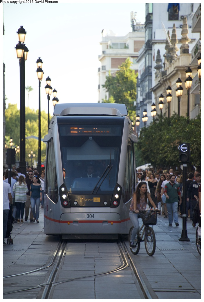 (225k, 703x1043)<br><b>Country:</b> Spain<br><b>City:</b> Seville<br><b>System:</b> Tranvía MetroCentro <br><b>Location:</b> Pl. de S. Francisco <br><b>Car:</b> CAF Urbos 3  304 <br><b>Photo by:</b> David Pirmann<br><b>Date:</b> 11/7/2015<br><b>Viewed (this week/total):</b> 9 / 215