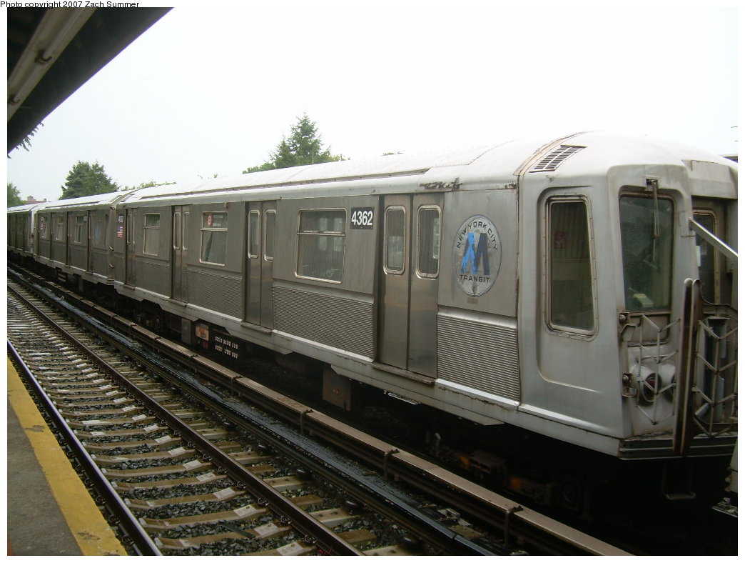 (192k, 1044x788)<br><b>Country:</b> United States<br><b>City:</b> New York<br><b>System:</b> New York City Transit<br><b>Line:</b> BMT Brighton Line<br><b>Location:</b> Neck Road <br><b>Car:</b> R-40 (St. Louis, 1968)  4362 <br><b>Photo by:</b> Zach Summer<br><b>Date:</b> 8/19/2007<br><b>Notes:</b> Layup. Note old M logo.<br><b>Viewed (this week/total):</b> 0 / 1385