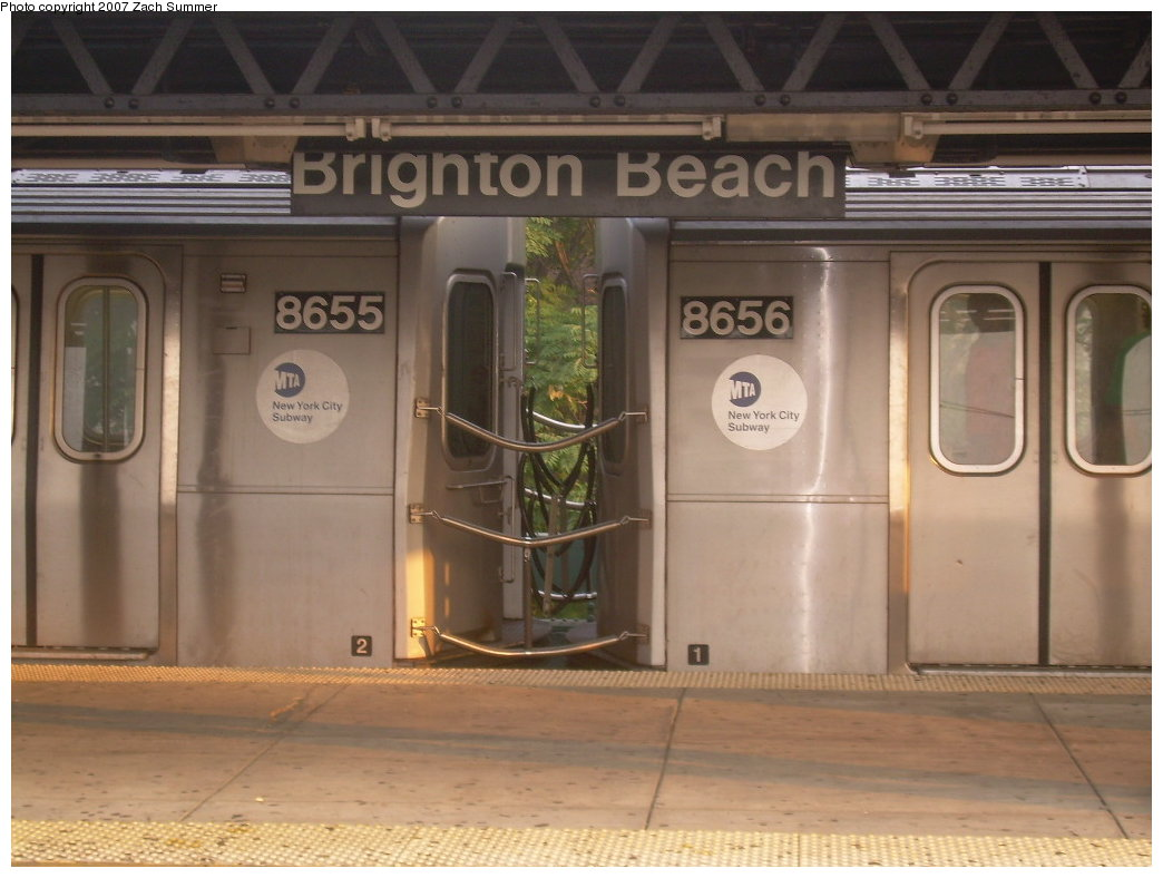 (175k, 1044x788)<br><b>Country:</b> United States<br><b>City:</b> New York<br><b>System:</b> New York City Transit<br><b>Line:</b> BMT Brighton Line<br><b>Location:</b> Brighton Beach <br><b>Car:</b> R-160A-2 (Alstom, 2005-2008, 5 car sets)  8655/8656 <br><b>Photo by:</b> Zach Summer<br><b>Date:</b> 8/25/2007<br><b>Viewed (this week/total):</b> 1 / 3666