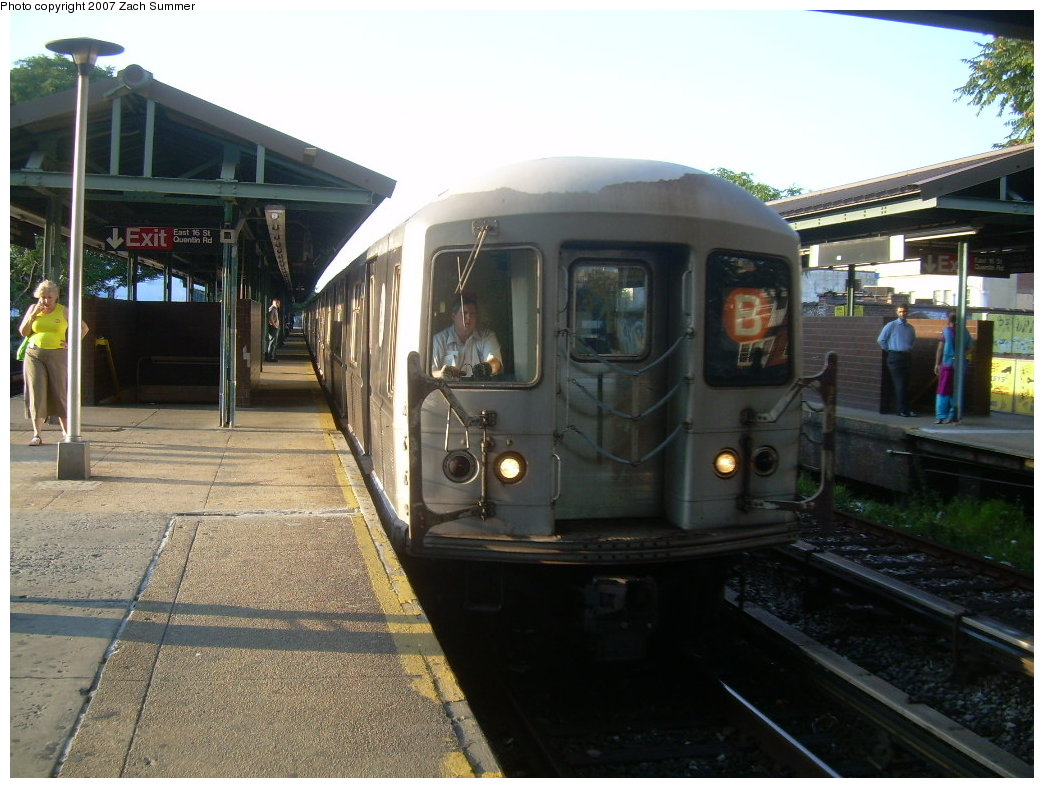 (207k, 1044x788)<br><b>Country:</b> United States<br><b>City:</b> New York<br><b>System:</b> New York City Transit<br><b>Line:</b> BMT Brighton Line<br><b>Location:</b> Kings Highway <br><b>Route:</b> B<br><b>Car:</b> R-40M (St. Louis, 1969)  4470 <br><b>Photo by:</b> Zach Summer<br><b>Date:</b> 8/27/2007<br><b>Viewed (this week/total):</b> 1 / 1162