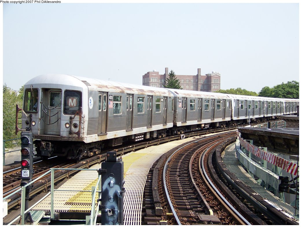 (226k, 1044x788)<br><b>Country:</b> United States<br><b>City:</b> New York<br><b>System:</b> New York City Transit<br><b>Line:</b> BMT Myrtle Avenue Line<br><b>Location:</b> Seneca Avenue <br><b>Route:</b> M<br><b>Car:</b> R-42 (St. Louis, 1969-1970)  4820 <br><b>Photo by:</b> Philip D'Allesandro<br><b>Date:</b> 8/30/2007<br><b>Viewed (this week/total):</b> 0 / 1178