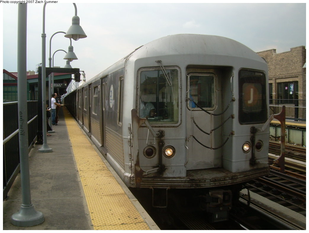 (181k, 1044x788)<br><b>Country:</b> United States<br><b>City:</b> New York<br><b>System:</b> New York City Transit<br><b>Line:</b> BMT Nassau Street/Jamaica Line<br><b>Location:</b> Marcy Avenue <br><b>Route:</b> J<br><b>Car:</b> R-42 (St. Louis, 1969-1970)  4775 <br><b>Photo by:</b> Zach Summer<br><b>Date:</b> 8/28/2007<br><b>Viewed (this week/total):</b> 0 / 864