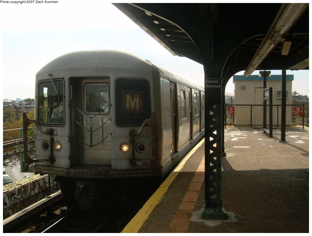 (182k, 1044x788)<br><b>Country:</b> United States<br><b>City:</b> New York<br><b>System:</b> New York City Transit<br><b>Line:</b> BMT Myrtle Avenue Line<br><b>Location:</b> Forest Avenue <br><b>Route:</b> M<br><b>Car:</b> R-42 (St. Louis, 1969-1970)  4566 <br><b>Photo by:</b> Zach Summer<br><b>Date:</b> 8/28/2007<br><b>Viewed (this week/total):</b> 3 / 2179