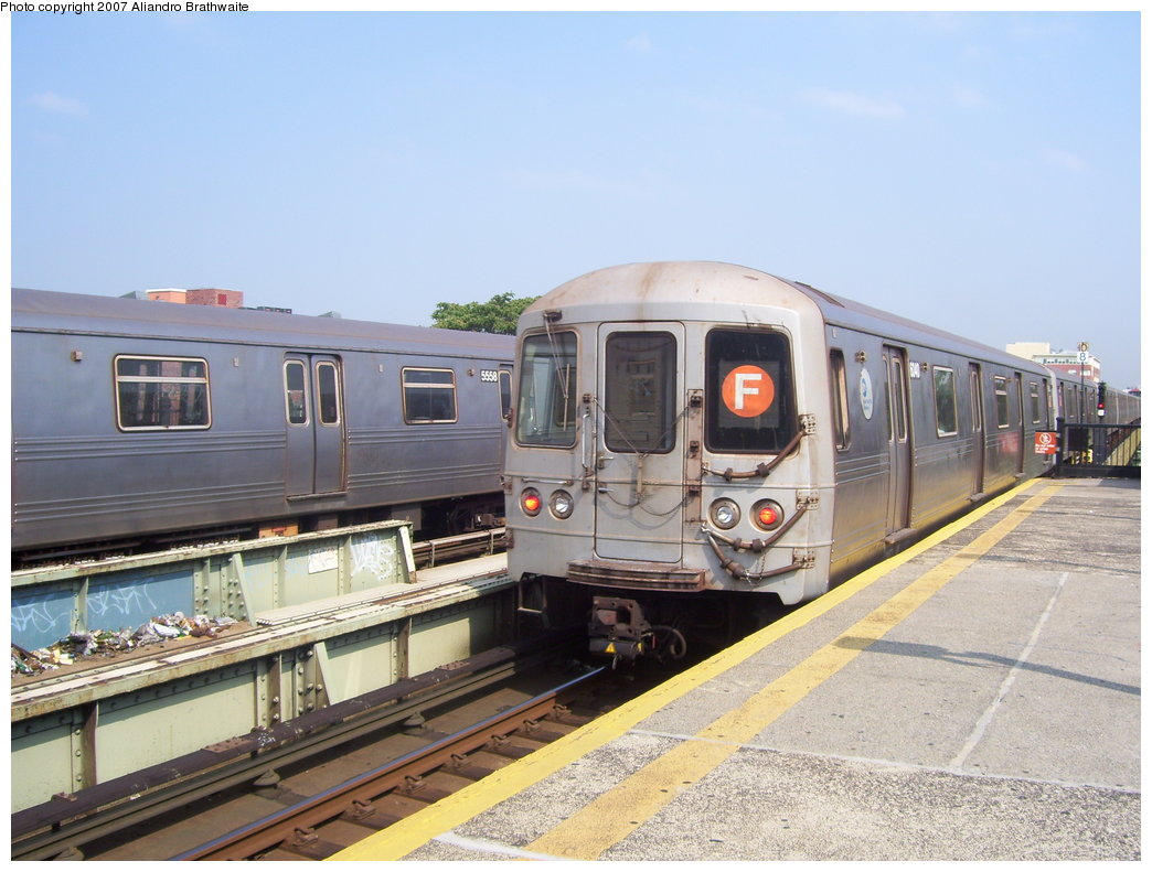 (179k, 1044x791)<br><b>Country:</b> United States<br><b>City:</b> New York<br><b>System:</b> New York City Transit<br><b>Line:</b> BMT Culver Line<br><b>Location:</b> Avenue U <br><b>Route:</b> F<br><b>Car:</b> R-46 (Pullman-Standard, 1974-75) 6040 <br><b>Photo by:</b> Aliandro Brathwaite<br><b>Date:</b> 8/30/2007<br><b>Viewed (this week/total):</b> 2 / 1639