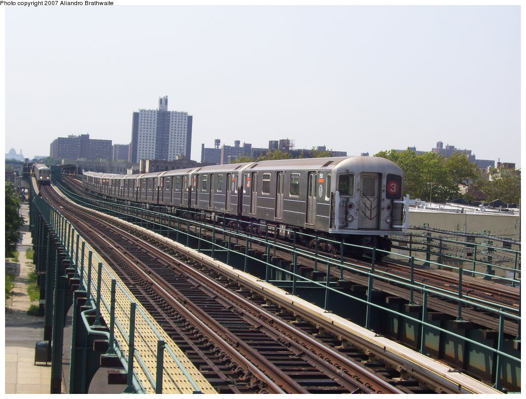 (206k, 1044x791)<br><b>Country:</b> United States<br><b>City:</b> New York<br><b>System:</b> New York City Transit<br><b>Line:</b> IRT Brooklyn Line<br><b>Location:</b> Van Siclen Avenue <br><b>Route:</b> 3<br><b>Car:</b> R-62 (Kawasaki, 1983-1985)  1540 <br><b>Photo by:</b> Aliandro Brathwaite<br><b>Date:</b> 8/30/2007<br><b>Viewed (this week/total):</b> 3 / 2153