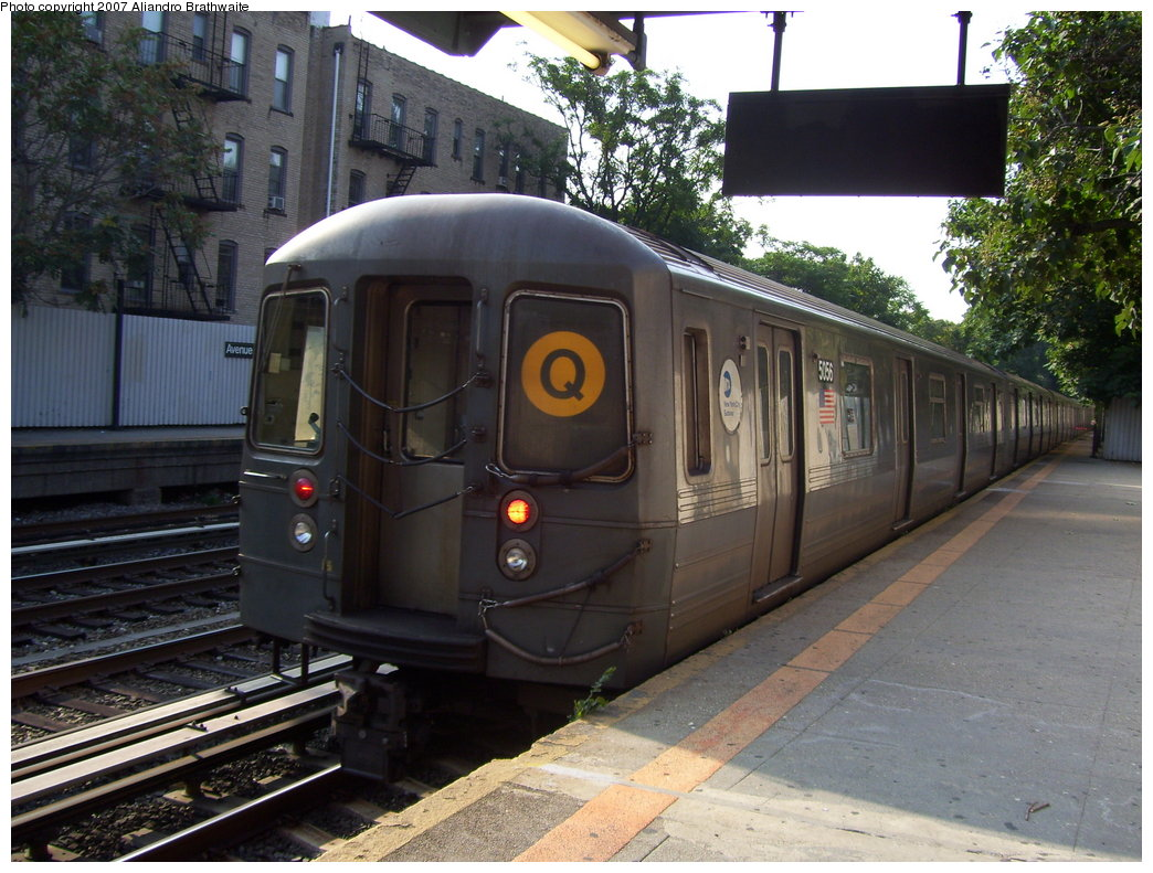 (209k, 1044x791)<br><b>Country:</b> United States<br><b>City:</b> New York<br><b>System:</b> New York City Transit<br><b>Line:</b> BMT Brighton Line<br><b>Location:</b> Avenue H <br><b>Route:</b> Q<br><b>Car:</b> R-68A (Kawasaki, 1988-1989)  5156 <br><b>Photo by:</b> Aliandro Brathwaite<br><b>Date:</b> 8/30/2007<br><b>Viewed (this week/total):</b> 11 / 1753
