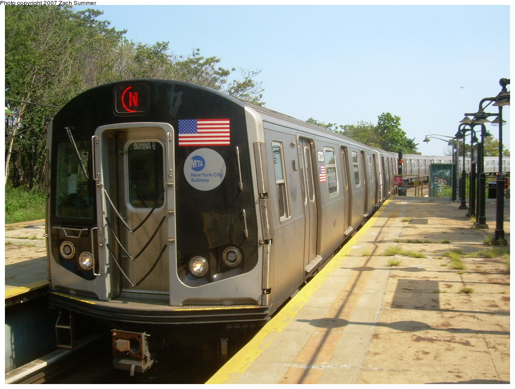 (216k, 1044x788)<br><b>Country:</b> United States<br><b>City:</b> New York<br><b>System:</b> New York City Transit<br><b>Line:</b> BMT West End Line<br><b>Location:</b> 9th Avenue <br><b>Route:</b> N<br><b>Car:</b> R-160B (Kawasaki, 2005-2008)  8723 <br><b>Photo by:</b> Zach Summer<br><b>Date:</b> 8/29/2007<br><b>Notes:</b> Reroute via West End.<br><b>Viewed (this week/total):</b> 4 / 1703