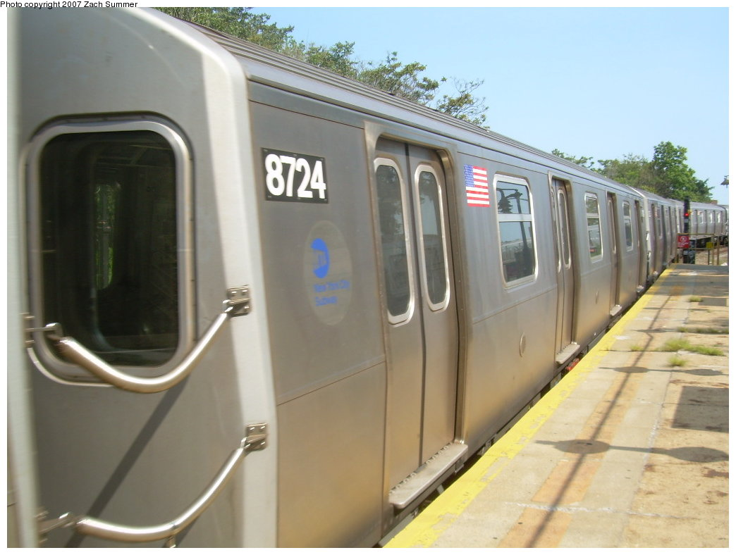 (166k, 1044x788)<br><b>Country:</b> United States<br><b>City:</b> New York<br><b>System:</b> New York City Transit<br><b>Line:</b> BMT West End Line<br><b>Location:</b> 9th Avenue <br><b>Route:</b> N<br><b>Car:</b> R-160B (Kawasaki, 2005-2008)  8724 <br><b>Photo by:</b> Zach Summer<br><b>Date:</b> 8/29/2007<br><b>Notes:</b> Reroute via West End.<br><b>Viewed (this week/total):</b> 2 / 1608