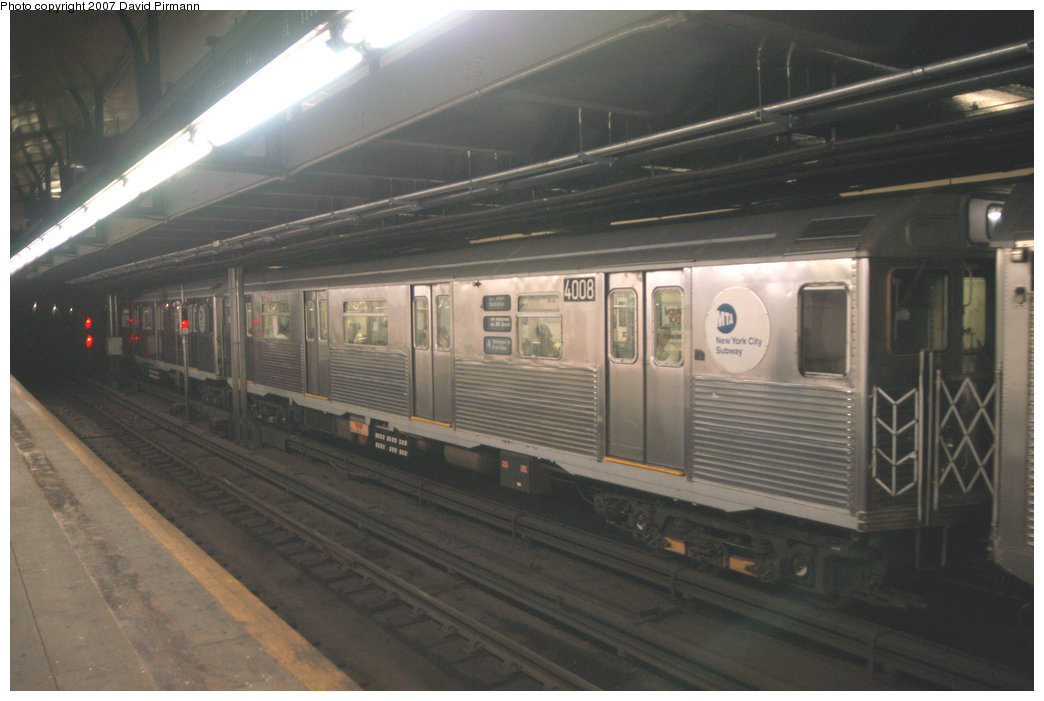 (174k, 1044x701)<br><b>Country:</b> United States<br><b>City:</b> New York<br><b>System:</b> New York City Transit<br><b>Line:</b> IND 8th Avenue Line<br><b>Location:</b> 181st Street <br><b>Route:</b> A<br><b>Car:</b> R-38 (St. Louis, 1966-1967)  4008 <br><b>Photo by:</b> David Pirmann<br><b>Date:</b> 9/10/2007<br><b>Viewed (this week/total):</b> 4 / 2480