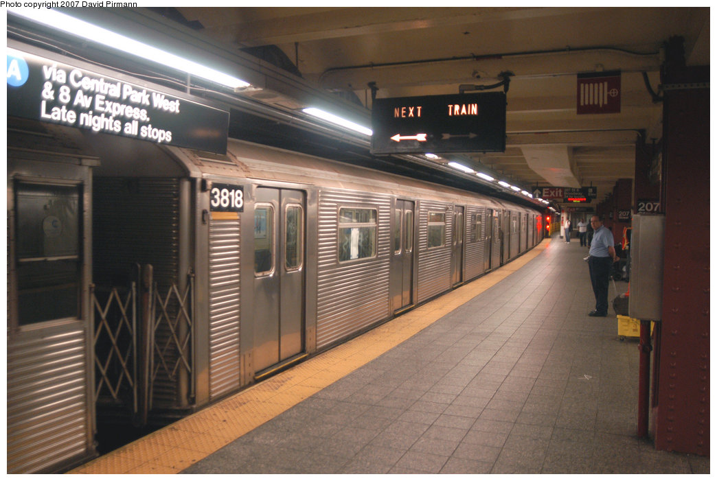 (199k, 1044x701)<br><b>Country:</b> United States<br><b>City:</b> New York<br><b>System:</b> New York City Transit<br><b>Line:</b> IND 8th Avenue Line<br><b>Location:</b> 207th Street <br><b>Route:</b> A<br><b>Car:</b> R-32 (Budd, 1964)  3818 <br><b>Photo by:</b> David Pirmann<br><b>Date:</b> 9/10/2007<br><b>Viewed (this week/total):</b> 0 / 989