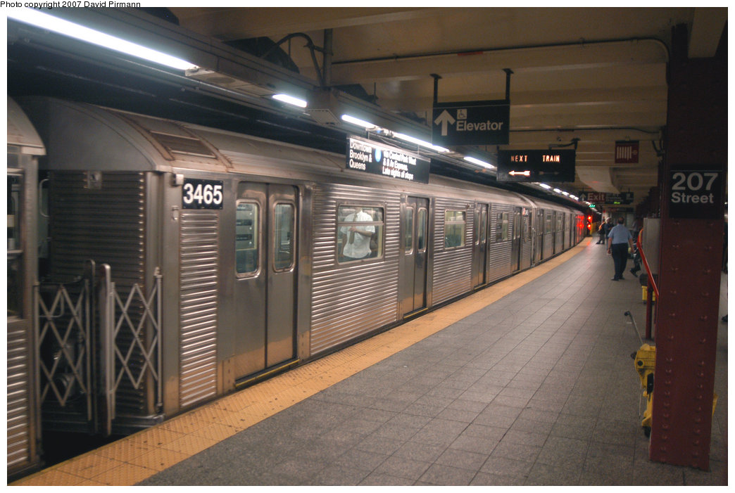 (199k, 1044x701)<br><b>Country:</b> United States<br><b>City:</b> New York<br><b>System:</b> New York City Transit<br><b>Line:</b> IND 8th Avenue Line<br><b>Location:</b> 207th Street <br><b>Route:</b> A<br><b>Car:</b> R-32 (Budd, 1964)  3465 <br><b>Photo by:</b> David Pirmann<br><b>Date:</b> 9/10/2007<br><b>Viewed (this week/total):</b> 1 / 754