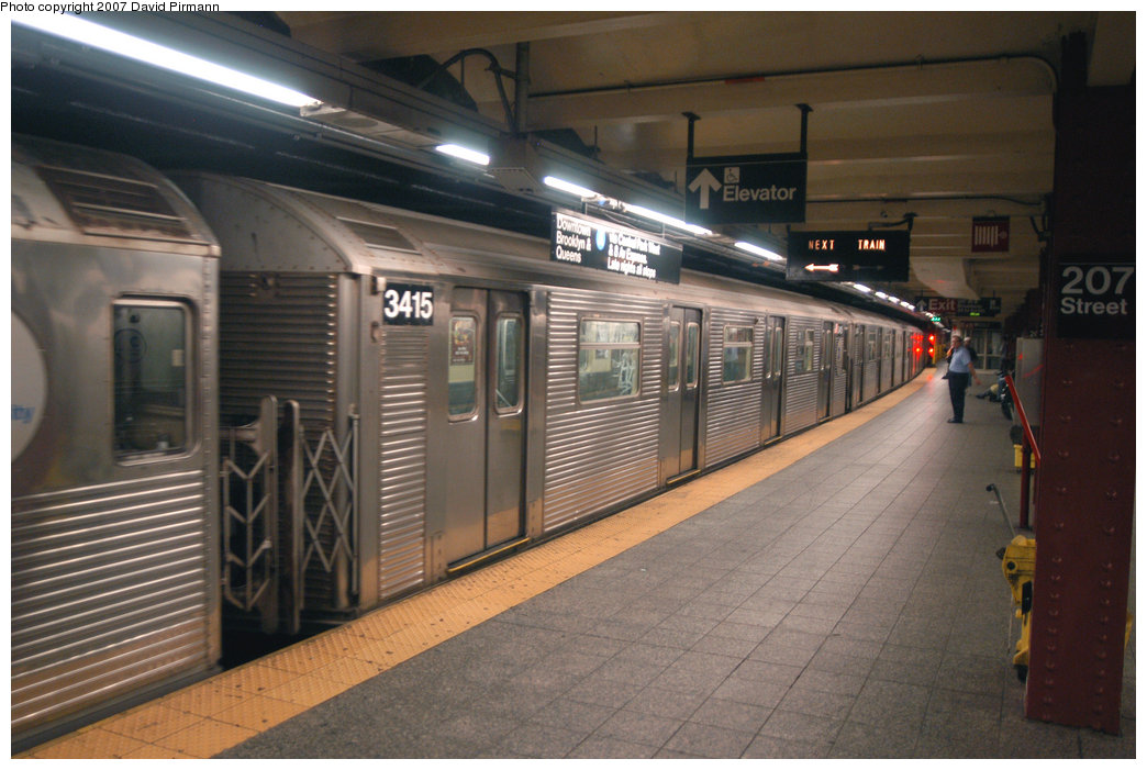 (206k, 1044x701)<br><b>Country:</b> United States<br><b>City:</b> New York<br><b>System:</b> New York City Transit<br><b>Line:</b> IND 8th Avenue Line<br><b>Location:</b> 207th Street <br><b>Route:</b> A<br><b>Car:</b> R-32 (Budd, 1964)  3415 <br><b>Photo by:</b> David Pirmann<br><b>Date:</b> 9/10/2007<br><b>Viewed (this week/total):</b> 4 / 998