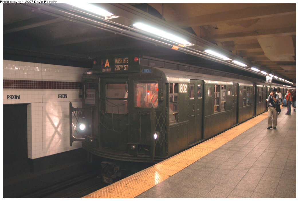 (191k, 1044x701)<br><b>Country:</b> United States<br><b>City:</b> New York<br><b>System:</b> New York City Transit<br><b>Line:</b> IND 8th Avenue Line<br><b>Location:</b> 207th Street <br><b>Route:</b> Fan Trip<br><b>Car:</b> R-9 (Pressed Steel, 1940)  1802 <br><b>Photo by:</b> David Pirmann<br><b>Date:</b> 9/10/2007<br><b>Notes:</b> Train in regular service for the 75th Anniversary of the opening of the A line (technically not a fantrip).<br><b>Viewed (this week/total):</b> 0 / 1688