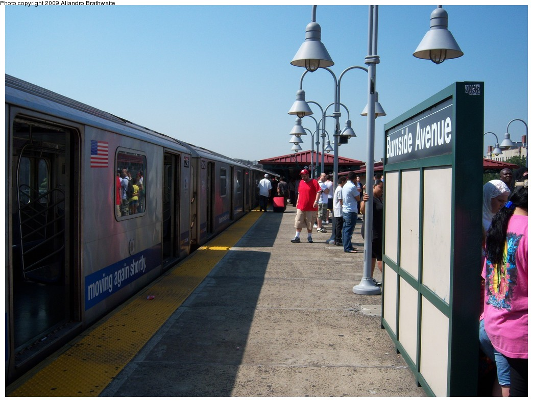 (220k, 1044x788)<br><b>Country:</b> United States<br><b>City:</b> New York<br><b>System:</b> New York City Transit<br><b>Line:</b> IRT Woodlawn Line<br><b>Location:</b> Burnside Avenue <br><b>Route:</b> 4<br><b>Car:</b> R-142 (Option Order, Bombardier, 2002-2003)  1241 <br><b>Photo by:</b> Aliandro Brathwaite<br><b>Date:</b> 8/18/2009<br><b>Viewed (this week/total):</b> 0 / 1065