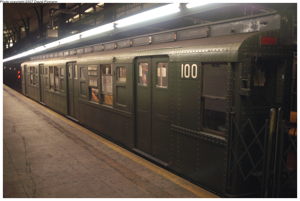 (175k, 1044x701)<br><b>Country:</b> United States<br><b>City:</b> New York<br><b>System:</b> New York City Transit<br><b>Line:</b> IND 8th Avenue Line<br><b>Location:</b> 181st Street <br><b>Route:</b> Fan Trip<br><b>Car:</b> R-1 (American Car & Foundry, 1930-1931) 100 <br><b>Photo by:</b> David Pirmann<br><b>Date:</b> 9/10/2007<br><b>Notes:</b> Train in regular service for the 75th Anniversary of the opening of the A line (technically not a fantrip).<br><b>Viewed (this week/total):</b> 1 / 1348
