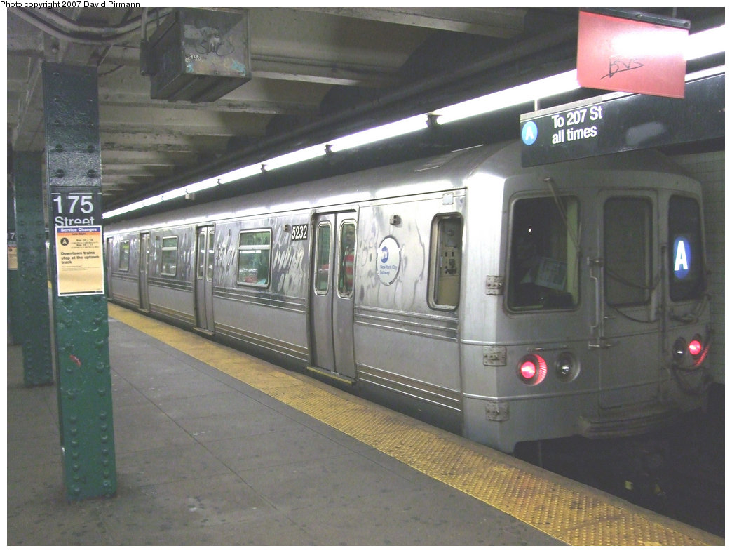 (203k, 1044x788)<br><b>Country:</b> United States<br><b>City:</b> New York<br><b>System:</b> New York City Transit<br><b>Line:</b> IND 8th Avenue Line<br><b>Location:</b> 175th Street/George Washington Bridge Bus Terminal <br><b>Route:</b> A<br><b>Car:</b> R-44 (St. Louis, 1971-73) 5232 <br><b>Photo by:</b> David Pirmann<br><b>Date:</b> 9/10/2007<br><b>Viewed (this week/total):</b> 3 / 2718