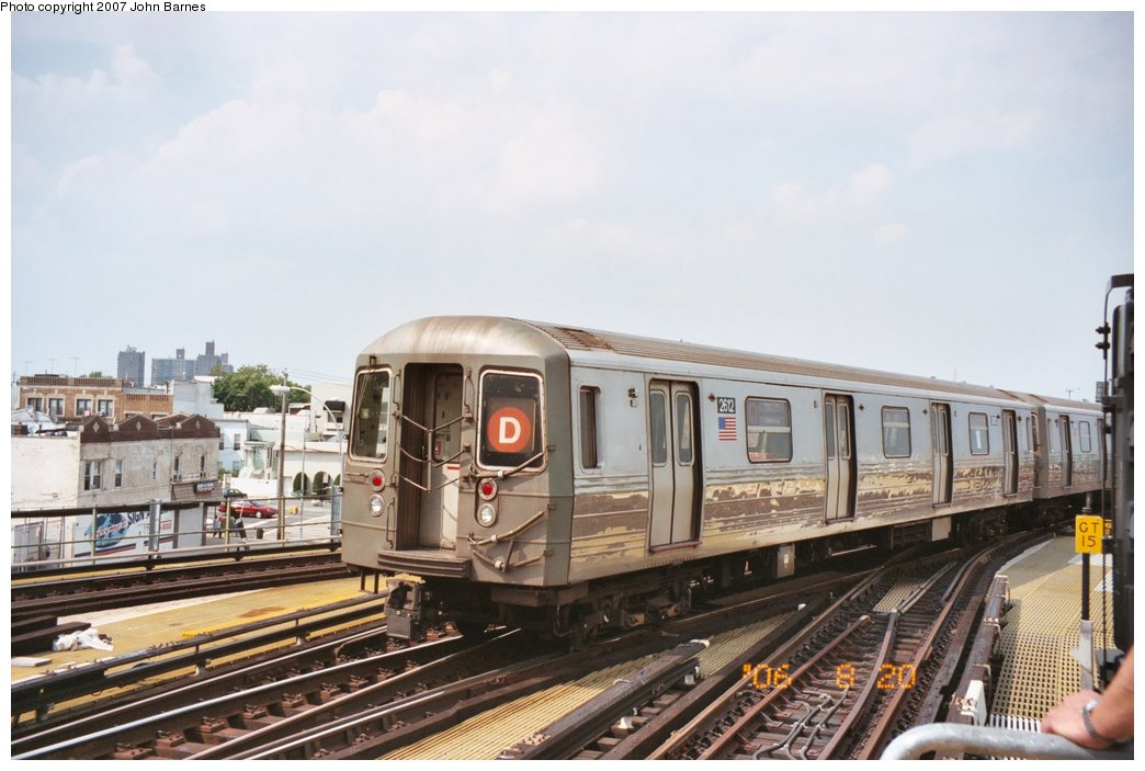 (138k, 1044x703)<br><b>Country:</b> United States<br><b>City:</b> New York<br><b>System:</b> New York City Transit<br><b>Location:</b> Coney Island/Stillwell Avenue<br><b>Route:</b> D<br><b>Car:</b> R-68 (Westinghouse-Amrail, 1986-1988)  2612 <br><b>Photo by:</b> John Barnes<br><b>Date:</b> 8/20/2006<br><b>Viewed (this week/total):</b> 3 / 1372
