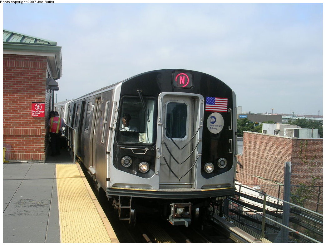 (204k, 1044x788)<br><b>Country:</b> United States<br><b>City:</b> New York<br><b>System:</b> New York City Transit<br><b>Location:</b> Coney Island/Stillwell Avenue<br><b>Route:</b> N<br><b>Car:</b> R-160B (Kawasaki, 2005-2008)  8792 <br><b>Photo by:</b> Joe Butler<br><b>Date:</b> 8/23/2007<br><b>Viewed (this week/total):</b> 0 / 1987
