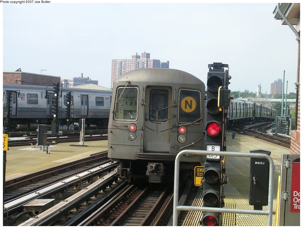(221k, 1044x788)<br><b>Country:</b> United States<br><b>City:</b> New York<br><b>System:</b> New York City Transit<br><b>Location:</b> Coney Island/Stillwell Avenue<br><b>Route:</b> N<br><b>Car:</b> R-68 (Westinghouse-Amrail, 1986-1988)  2870 <br><b>Photo by:</b> Joe Butler<br><b>Date:</b> 8/23/2007<br><b>Viewed (this week/total):</b> 1 / 1392