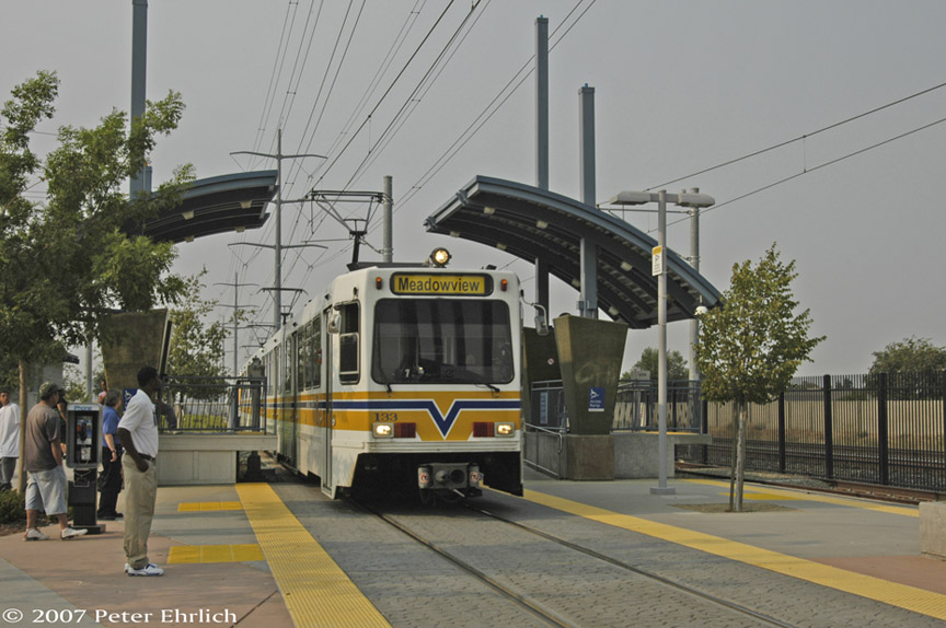 (175k, 864x574)<br><b>Country:</b> United States<br><b>City:</b> Sacramento, CA<br><b>System:</b> SACRT Light Rail<br><b>Location:</b> Meadowview <br><b>Car:</b> Sacramento Siemens LRV  133 <br><b>Photo by:</b> Peter Ehrlich<br><b>Date:</b> 9/5/2007<br><b>Notes:</b> Arriving Meadowview Station.<br><b>Viewed (this week/total):</b> 0 / 602