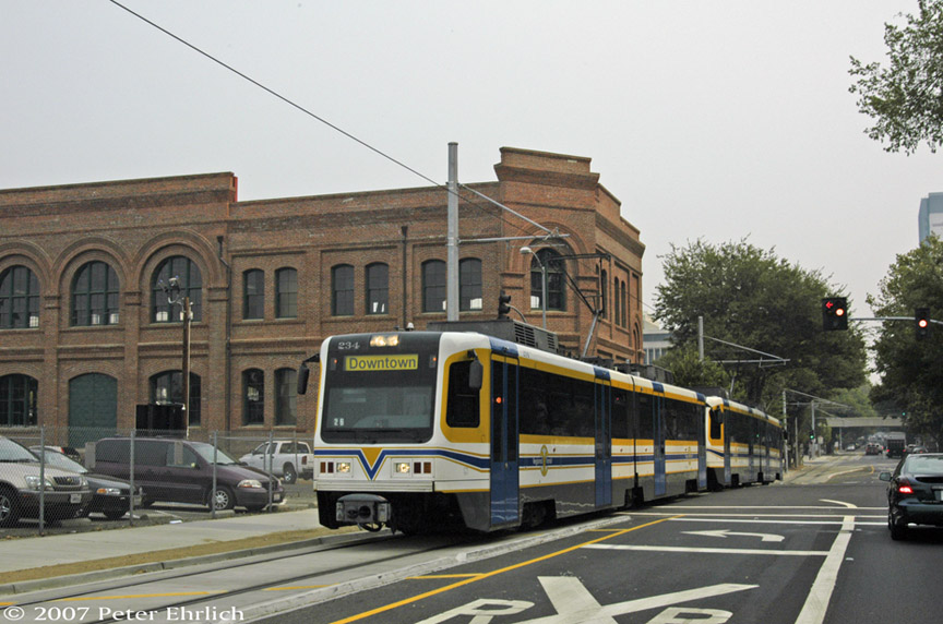 (184k, 864x572)<br><b>Country:</b> United States<br><b>City:</b> Sacramento, CA<br><b>System:</b> SACRT Light Rail<br><b>Location:</b> Sacramento Valley Station (Amtrak) <br><b>Car:</b> Sacramento CAF LRV  234 <br><b>Photo by:</b> Peter Ehrlich<br><b>Date:</b> 9/5/2007<br><b>Notes:</b> Approaching Sacramento Valley Station.<br><b>Viewed (this week/total):</b> 0 / 863