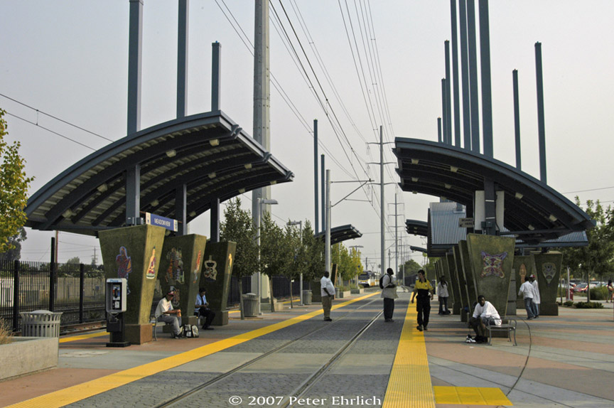 (181k, 864x574)<br><b>Country:</b> United States<br><b>City:</b> Sacramento, CA<br><b>System:</b> SACRT Light Rail<br><b>Location:</b> Meadowview <br><b>Photo by:</b> Peter Ehrlich<br><b>Date:</b> 9/5/2007<br><b>Notes:</b> Meadowview Station, looking south.  114 is in the background.<br><b>Viewed (this week/total):</b> 0 / 759