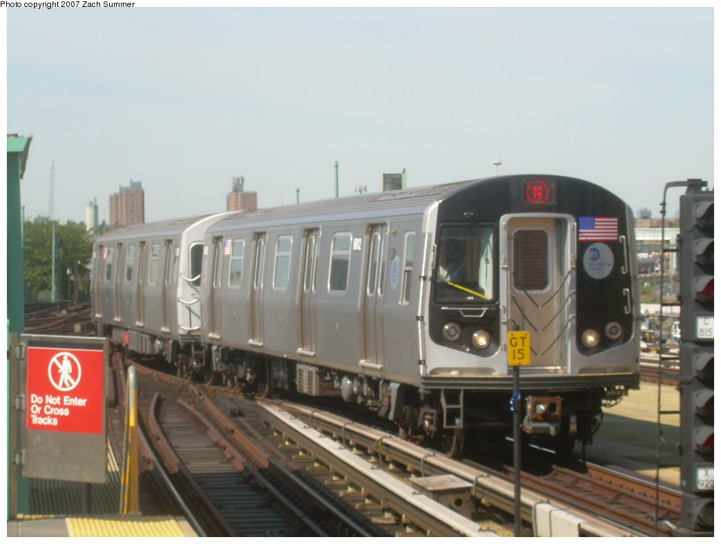 (155k, 1044x788)<br><b>Country:</b> United States<br><b>City:</b> New York<br><b>System:</b> New York City Transit<br><b>Location:</b> Coney Island/Stillwell Avenue<br><b>Route:</b> N<br><b>Car:</b> R-160B (Kawasaki, 2005-2008)  8812 <br><b>Photo by:</b> Zach Summer<br><b>Date:</b> 9/4/2007<br><b>Viewed (this week/total):</b> 1 / 1833