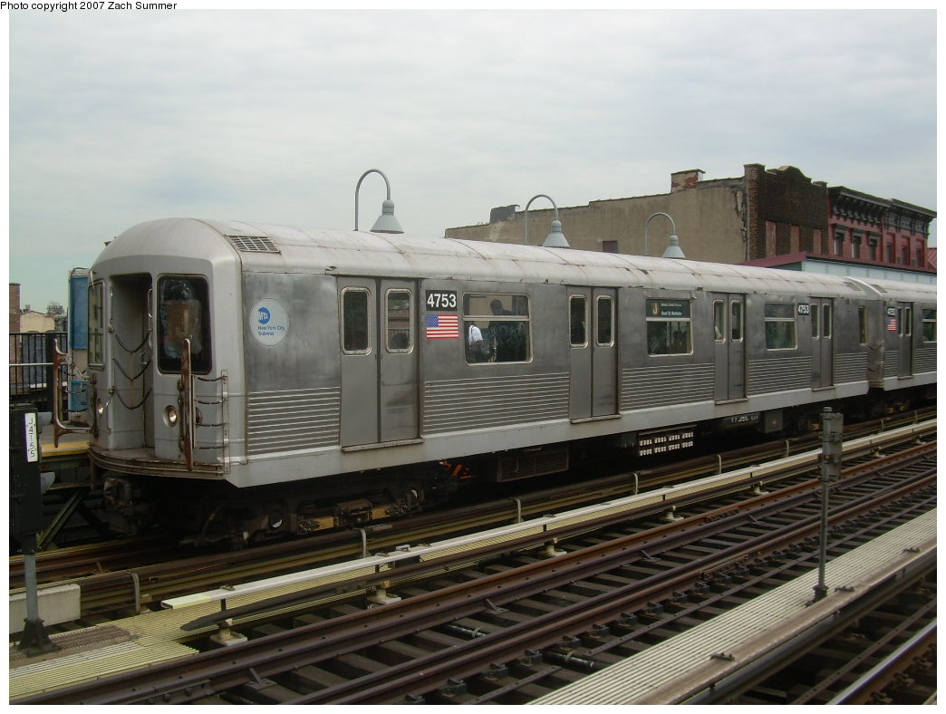 (192k, 1044x788)<br><b>Country:</b> United States<br><b>City:</b> New York<br><b>System:</b> New York City Transit<br><b>Line:</b> BMT Nassau Street/Jamaica Line<br><b>Location:</b> Marcy Avenue <br><b>Route:</b> J<br><b>Car:</b> R-42 (St. Louis, 1969-1970)  4753 <br><b>Photo by:</b> Zach Summer<br><b>Date:</b> 9/5/2007<br><b>Viewed (this week/total):</b> 7 / 1326