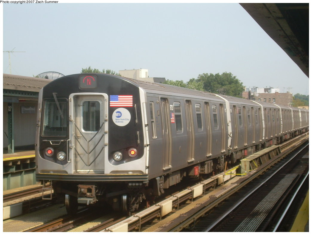 (179k, 1044x788)<br><b>Country:</b> United States<br><b>City:</b> New York<br><b>System:</b> New York City Transit<br><b>Line:</b> BMT West End Line<br><b>Location:</b> 50th Street <br><b>Route:</b> N<br><b>Car:</b> R-160B (Kawasaki, 2005-2008)  8713 <br><b>Photo by:</b> Zach Summer<br><b>Date:</b> 9/7/2007<br><b>Viewed (this week/total):</b> 2 / 1446