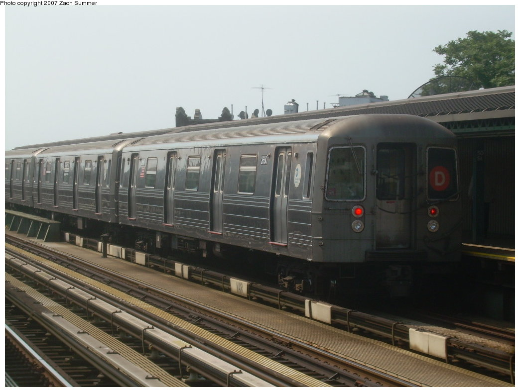 (181k, 1044x788)<br><b>Country:</b> United States<br><b>City:</b> New York<br><b>System:</b> New York City Transit<br><b>Line:</b> BMT West End Line<br><b>Location:</b> 50th Street <br><b>Route:</b> D<br><b>Car:</b> R-68 (Westinghouse-Amrail, 1986-1988)  2680 <br><b>Photo by:</b> Zach Summer<br><b>Date:</b> 9/7/2007<br><b>Viewed (this week/total):</b> 1 / 1064