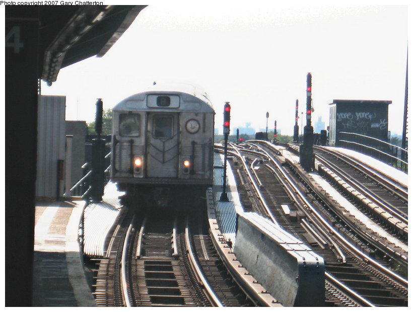 (107k, 820x620)<br><b>Country:</b> United States<br><b>City:</b> New York<br><b>System:</b> New York City Transit<br><b>Line:</b> IND Fulton Street Line<br><b>Location:</b> 104th Street/Oxford Ave. <br><b>Route:</b> A<br><b>Car:</b> R-38 (St. Louis, 1966-1967)  4115 <br><b>Photo by:</b> Gary Chatterton<br><b>Date:</b> 9/5/2007<br><b>Viewed (this week/total):</b> 2 / 1638