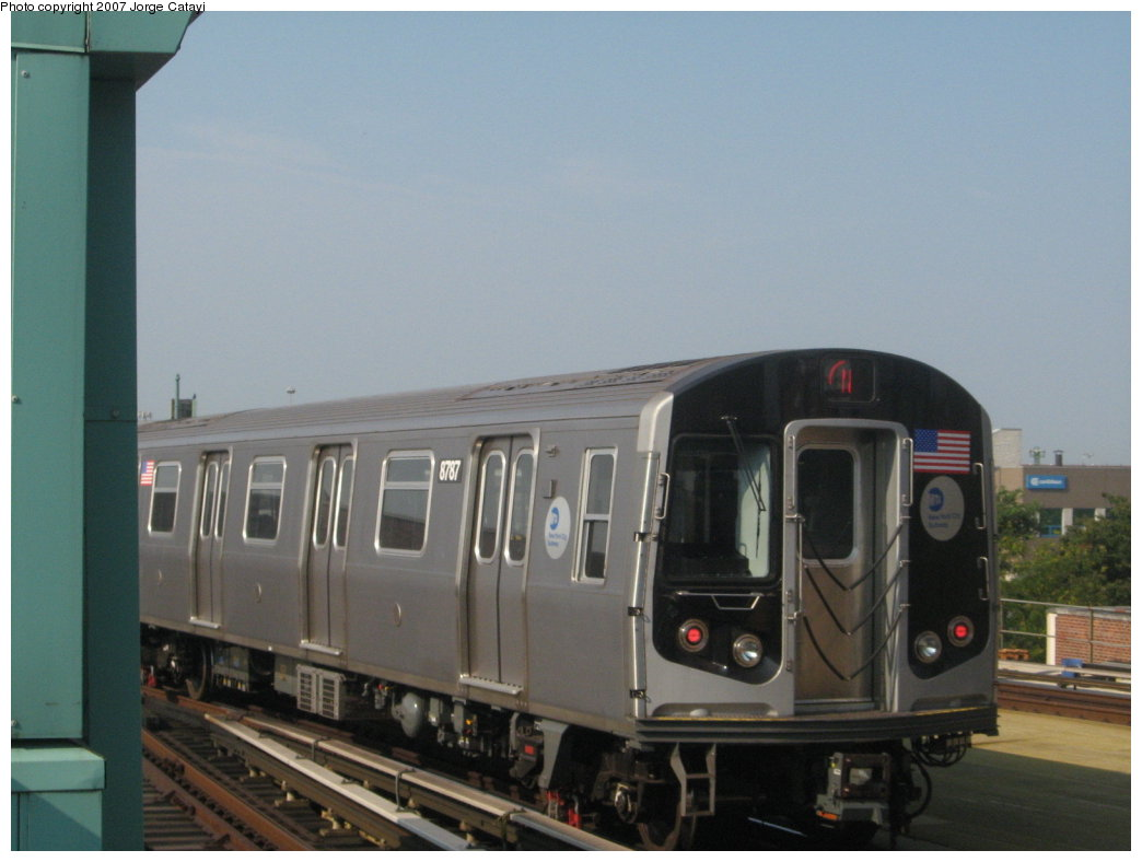 (116k, 1044x788)<br><b>Country:</b> United States<br><b>City:</b> New York<br><b>System:</b> New York City Transit<br><b>Location:</b> Coney Island/Stillwell Avenue<br><b>Route:</b> N<br><b>Car:</b> R-160B (Kawasaki, 2005-2008)  8787 <br><b>Photo by:</b> Jorge Catayi<br><b>Date:</b> 9/8/2007<br><b>Viewed (this week/total):</b> 0 / 1133