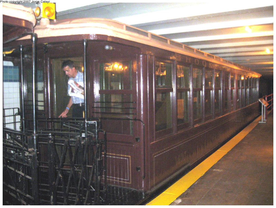 (260k, 1044x788)<br><b>Country:</b> United States<br><b>City:</b> New York<br><b>System:</b> New York City Transit<br><b>Location:</b> New York Transit Museum<br><b>Car:</b> BMT Elevated Gate Car 1407 <br><b>Photo by:</b> Jorge Catayi<br><b>Date:</b> 9/8/2007<br><b>Viewed (this week/total):</b> 0 / 2433