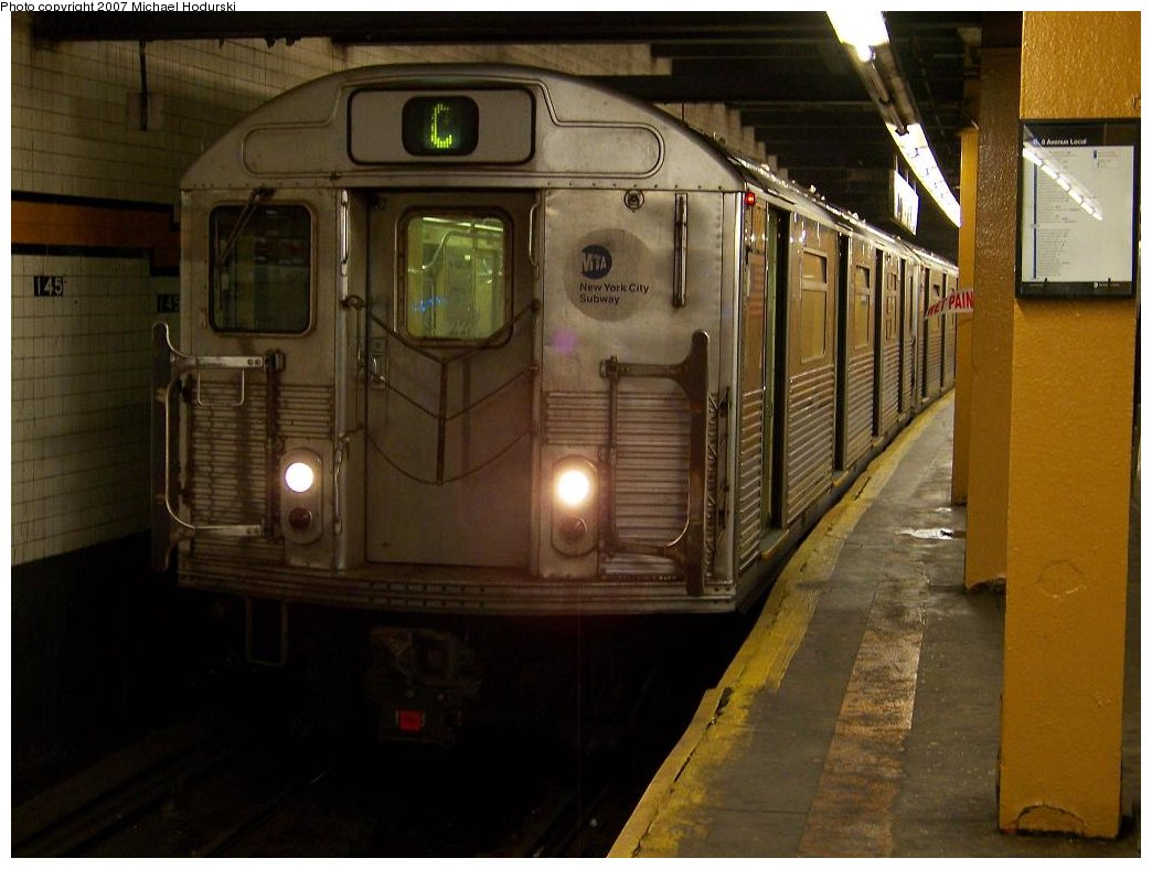 (152k, 1044x788)<br><b>Country:</b> United States<br><b>City:</b> New York<br><b>System:</b> New York City Transit<br><b>Line:</b> IND 8th Avenue Line<br><b>Location:</b> 145th Street <br><b>Route:</b> C<br><b>Car:</b> R-38 (St. Louis, 1966-1967)  4026 <br><b>Photo by:</b> Michael Hodurski<br><b>Date:</b> 9/12/2007<br><b>Viewed (this week/total):</b> 2 / 2142