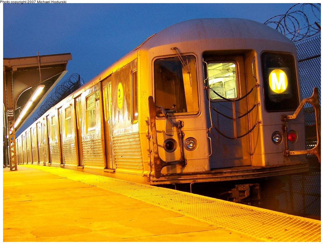 (206k, 1044x788)<br><b>Country:</b> United States<br><b>City:</b> New York<br><b>System:</b> New York City Transit<br><b>Line:</b> BMT Myrtle Avenue Line<br><b>Location:</b> Fresh Pond Road <br><b>Route:</b> M<br><b>Car:</b> R-42 (St. Louis, 1969-1970)  4753 <br><b>Photo by:</b> Michael Hodurski<br><b>Date:</b> 9/14/2007<br><b>Viewed (this week/total):</b> 0 / 1518