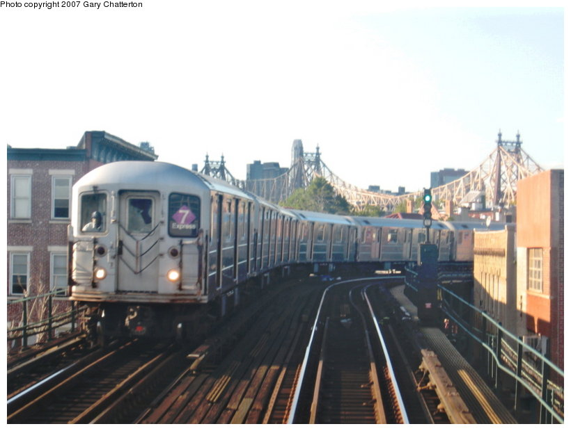 (86k, 820x620)<br><b>Country:</b> United States<br><b>City:</b> New York<br><b>System:</b> New York City Transit<br><b>Line:</b> IRT Flushing Line<br><b>Location:</b> Court House Square/45th Road <br><b>Route:</b> 7<br><b>Car:</b> R-62A (Bombardier, 1984-1987)  1790 <br><b>Photo by:</b> Gary Chatterton<br><b>Date:</b> 9/17/2007<br><b>Viewed (this week/total):</b> 2 / 1807