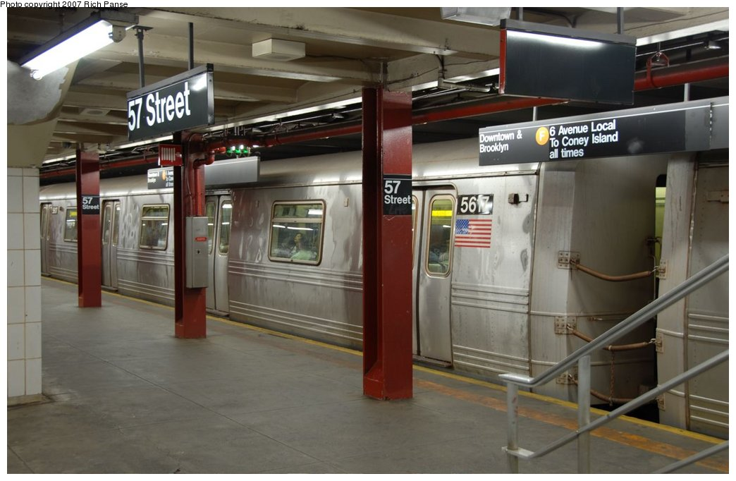 (125k, 1044x682)<br><b>Country:</b> United States<br><b>City:</b> New York<br><b>System:</b> New York City Transit<br><b>Line:</b> IND 6th Avenue Line<br><b>Location:</b> 57th Street <br><b>Route:</b> F<br><b>Car:</b> R-46 (Pullman-Standard, 1974-75) 5617 <br><b>Photo by:</b> Richard Panse<br><b>Date:</b> 9/16/2007<br><b>Viewed (this week/total):</b> 0 / 3552