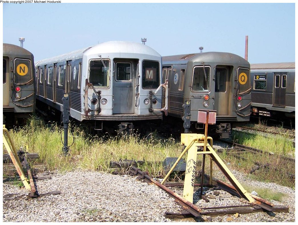 (276k, 1044x788)<br><b>Country:</b> United States<br><b>City:</b> New York<br><b>System:</b> New York City Transit<br><b>Location:</b> Coney Island Yard<br><b>Car:</b> R-42 (St. Louis, 1969-1970)  4621 <br><b>Photo by:</b> Michael Hodurski<br><b>Date:</b> 9/8/2007<br><b>Viewed (this week/total):</b> 0 / 2141