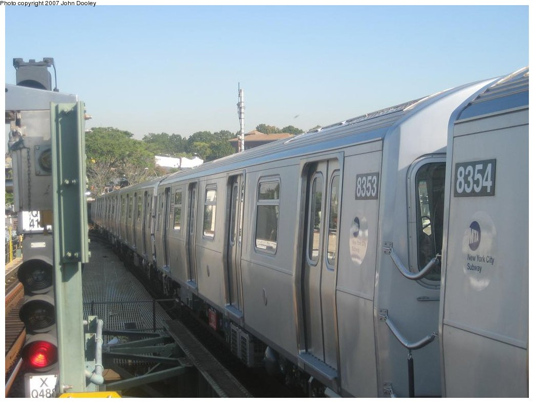 (124k, 1043x787)<br><b>Country:</b> United States<br><b>City:</b> New York<br><b>System:</b> New York City Transit<br><b>Line:</b> BMT Canarsie Line<br><b>Location:</b> Broadway Junction <br><b>Route:</b> L<br><b>Car:</b> R-160A-1 (Alstom, 2005-2008, 4 car sets)  8353 <br><b>Photo by:</b> John Dooley<br><b>Date:</b> 9/20/2007<br><b>Viewed (this week/total):</b> 4 / 1916