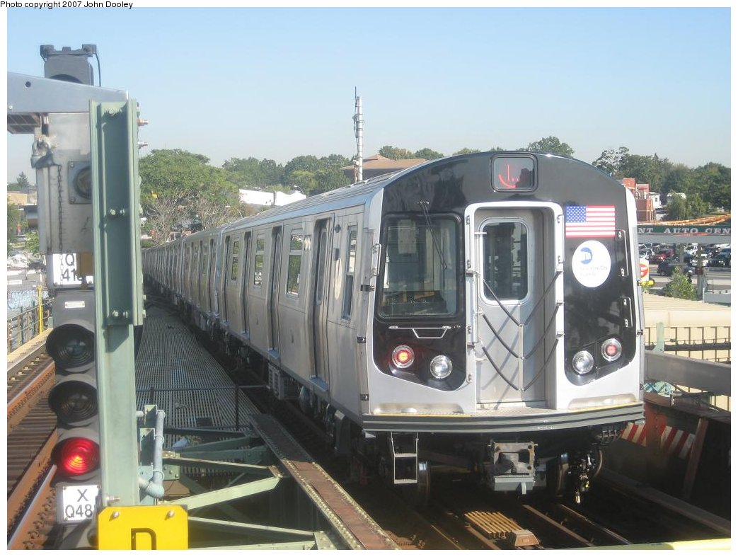 (160k, 1043x787)<br><b>Country:</b> United States<br><b>City:</b> New York<br><b>System:</b> New York City Transit<br><b>Line:</b> BMT Canarsie Line<br><b>Location:</b> Broadway Junction <br><b>Route:</b> L<br><b>Car:</b> R-160A-1 (Alstom, 2005-2008, 4 car sets)  8356 <br><b>Photo by:</b> John Dooley<br><b>Date:</b> 9/20/2007<br><b>Viewed (this week/total):</b> 1 / 1948