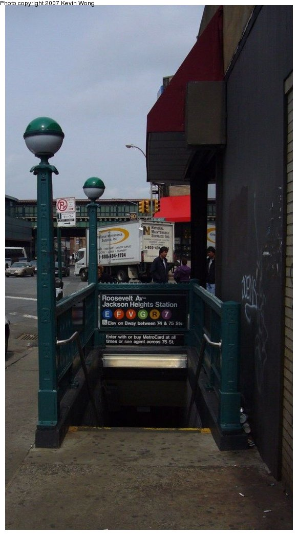 (96k, 582x1043)<br><b>Country:</b> United States<br><b>City:</b> New York<br><b>System:</b> New York City Transit<br><b>Line:</b> IND Queens Boulevard Line<br><b>Location:</b> Roosevelt Avenue <br><b>Photo by:</b> Kevin Wong<br><b>Date:</b> 3/26/2007<br><b>Notes:</b> Station entrance.<br><b>Viewed (this week/total):</b> 2 / 2840