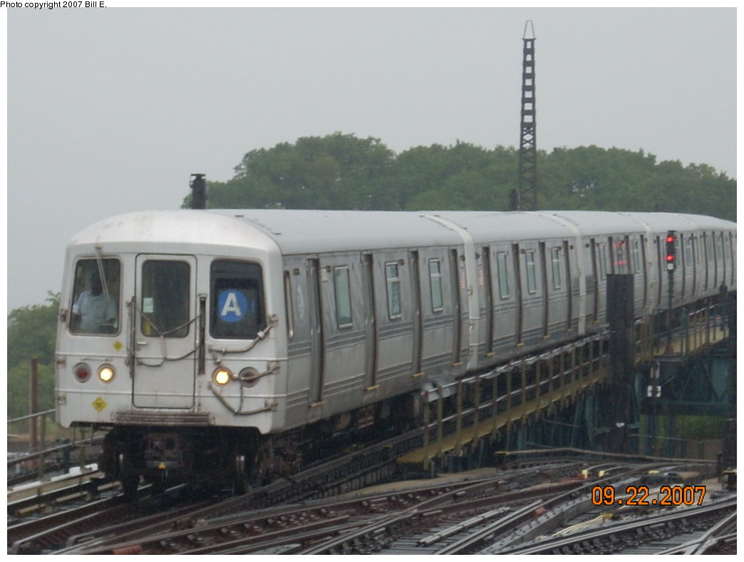 (149k, 1044x788)<br><b>Country:</b> United States<br><b>City:</b> New York<br><b>System:</b> New York City Transit<br><b>Line:</b> IND Fulton Street Line<br><b>Location:</b> Rockaway Boulevard <br><b>Route:</b> A<br><b>Car:</b> R-44 (St. Louis, 1971-73)  <br><b>Photo by:</b> Bill E.<br><b>Date:</b> 9/22/2007<br><b>Viewed (this week/total):</b> 2 / 1182
