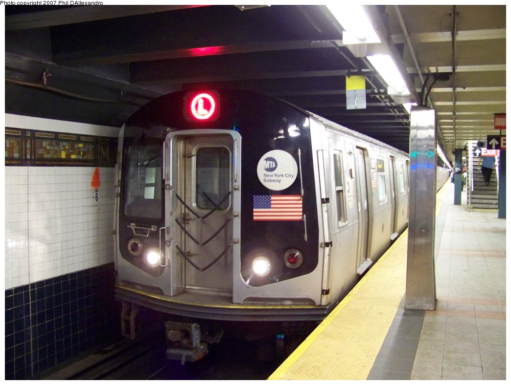 (156k, 1044x788)<br><b>Country:</b> United States<br><b>City:</b> New York<br><b>System:</b> New York City Transit<br><b>Line:</b> BMT Canarsie Line<br><b>Location:</b> Myrtle Avenue <br><b>Route:</b> L<br><b>Car:</b> R-143 (Kawasaki, 2001-2002) 8101 <br><b>Photo by:</b> Philip D'Allesandro<br><b>Date:</b> 9/22/2007<br><b>Viewed (this week/total):</b> 1 / 1747
