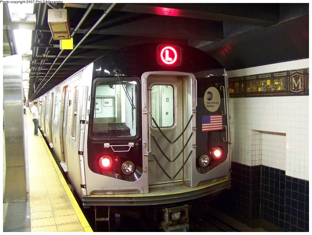 (177k, 1044x788)<br><b>Country:</b> United States<br><b>City:</b> New York<br><b>System:</b> New York City Transit<br><b>Line:</b> BMT Canarsie Line<br><b>Location:</b> Myrtle Avenue <br><b>Route:</b> L<br><b>Car:</b> R-143 (Kawasaki, 2001-2002) 8256 <br><b>Photo by:</b> Philip D'Allesandro<br><b>Date:</b> 9/23/2007<br><b>Viewed (this week/total):</b> 3 / 1429