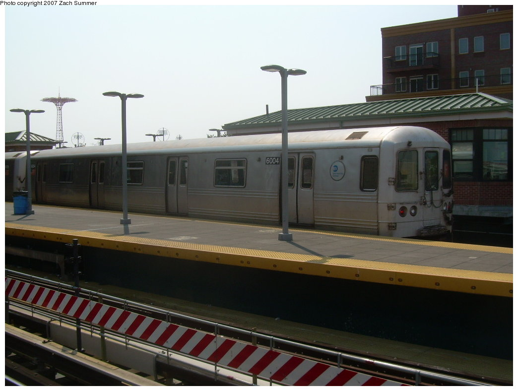(167k, 1044x788)<br><b>Country:</b> United States<br><b>City:</b> New York<br><b>System:</b> New York City Transit<br><b>Location:</b> Coney Island/Stillwell Avenue<br><b>Route:</b> F<br><b>Car:</b> R-46 (Pullman-Standard, 1974-75) 6001 <br><b>Photo by:</b> Zach Summer<br><b>Date:</b> 9/8/2007<br><b>Viewed (this week/total):</b> 3 / 1716