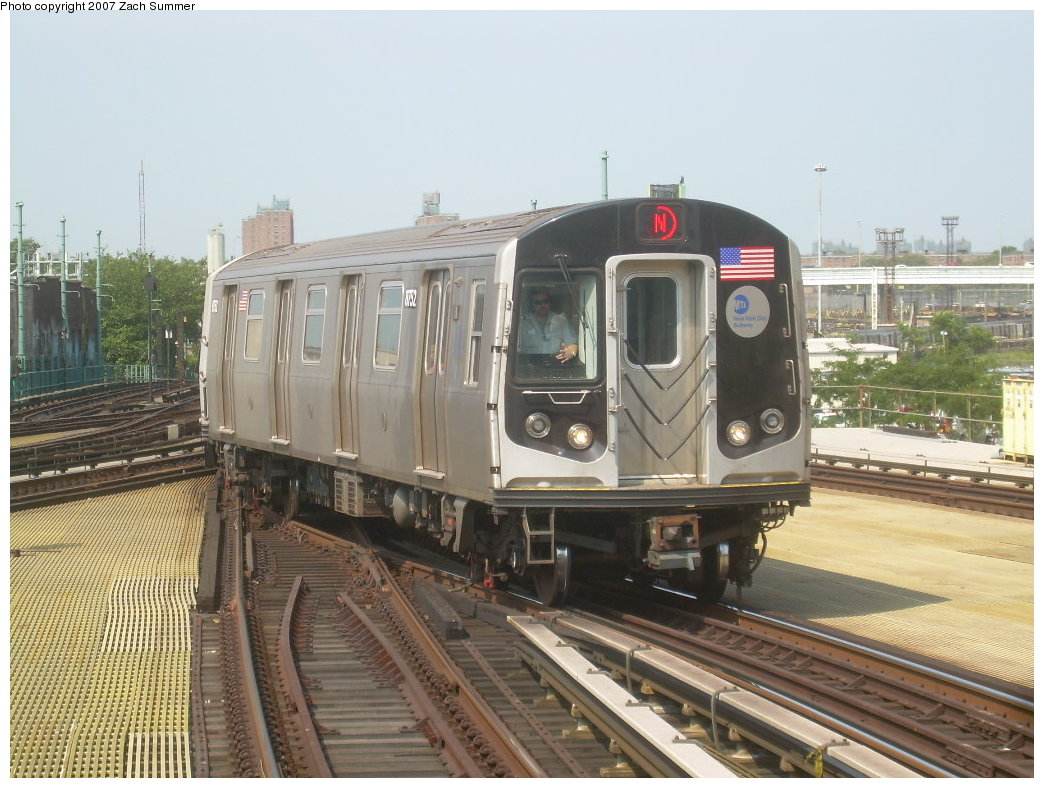 (215k, 1044x788)<br><b>Country:</b> United States<br><b>City:</b> New York<br><b>System:</b> New York City Transit<br><b>Location:</b> Coney Island/Stillwell Avenue<br><b>Route:</b> N<br><b>Car:</b> R-160B (Kawasaki, 2005-2008)  8752 <br><b>Photo by:</b> Zach Summer<br><b>Date:</b> 9/8/2007<br><b>Viewed (this week/total):</b> 1 / 1445