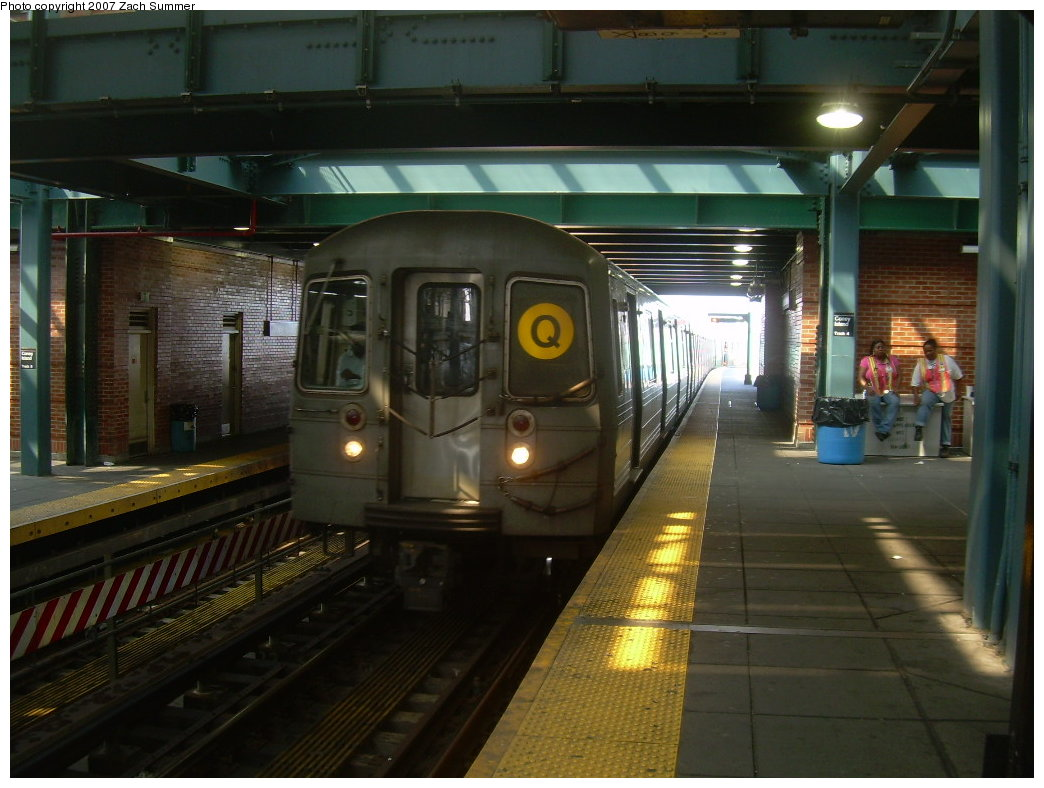 (192k, 1044x788)<br><b>Country:</b> United States<br><b>City:</b> New York<br><b>System:</b> New York City Transit<br><b>Location:</b> Coney Island/Stillwell Avenue<br><b>Route:</b> Q<br><b>Car:</b> R-68A (Kawasaki, 1988-1989)  5052 <br><b>Photo by:</b> Zach Summer<br><b>Date:</b> 9/8/2007<br><b>Viewed (this week/total):</b> 1 / 1459
