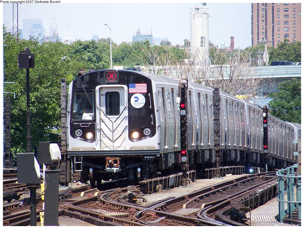 (295k, 1044x788)<br><b>Country:</b> United States<br><b>City:</b> New York<br><b>System:</b> New York City Transit<br><b>Location:</b> Coney Island/Stillwell Avenue<br><b>Route:</b> N<br><b>Car:</b> R-160B (Kawasaki, 2005-2008)  8713 <br><b>Photo by:</b> DeAndre Burrell<br><b>Date:</b> 8/9/2007<br><b>Viewed (this week/total):</b> 0 / 1512